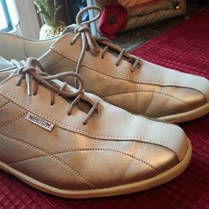 Mephisto Orthopedic Like New shoe